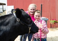 Anna, Victor and McKenna before going into the show ring.